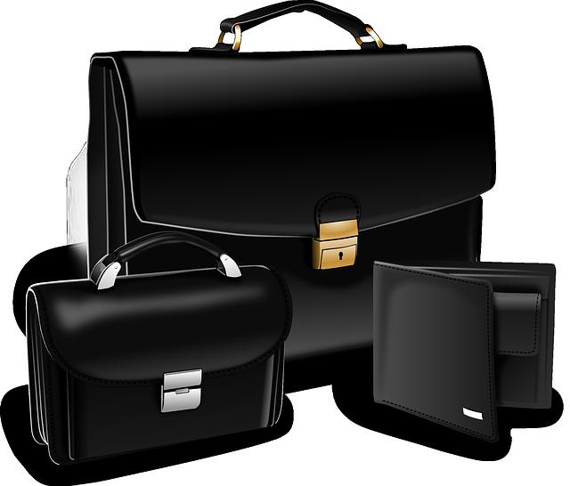 černé kožené tašky