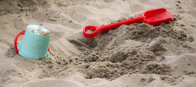 bábovky na pískovišti